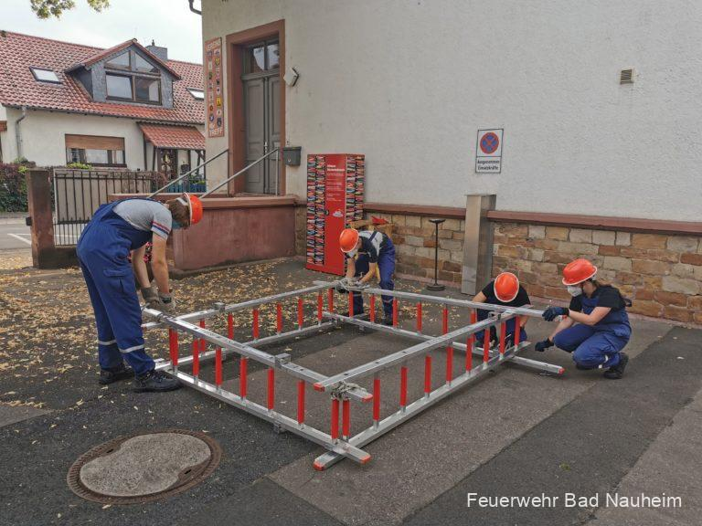 Read more about the article Jugendfeuerwehr baut Springbrunnen